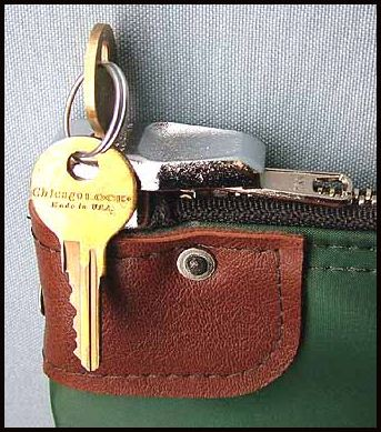Money Bag Bank 6 Disc Swing Lock Locking Zipper
